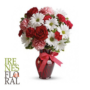 Huqs and Kisses Bouquet with Red Rose  T11Z100A