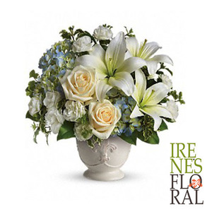 Beautiful Dreams by Teleflora   T209-1A